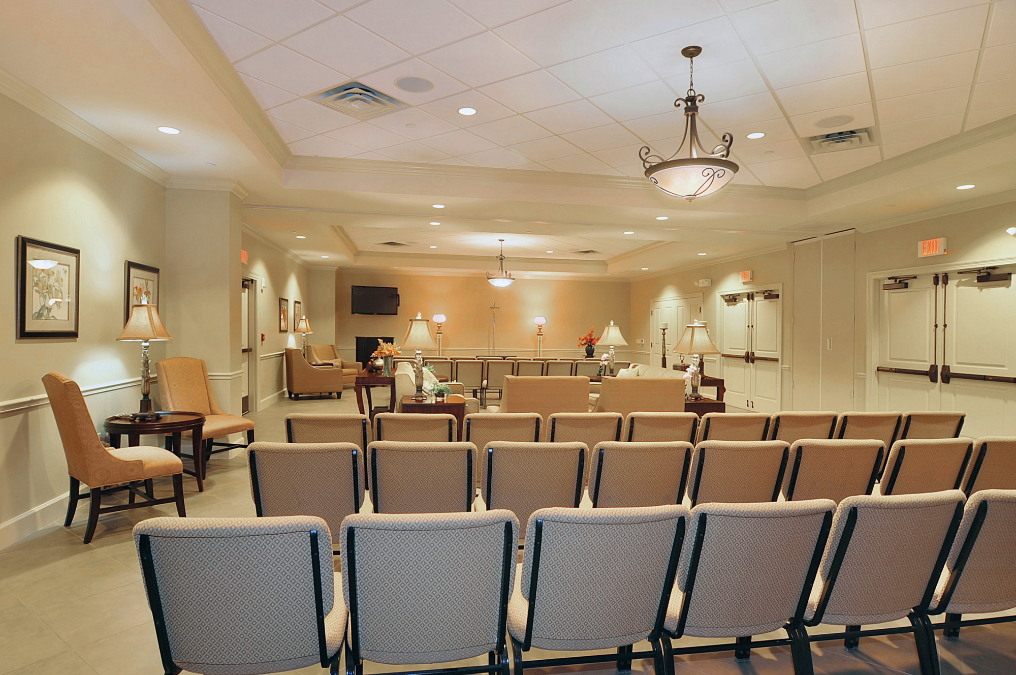 Caballero river woodlawn funeral home hialeah chapel for Home interior images